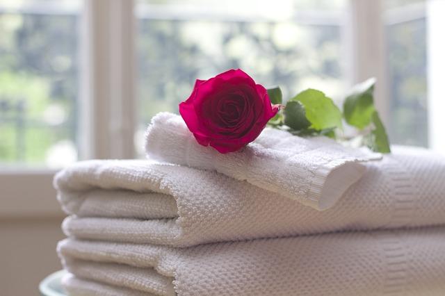 bílé ručníky